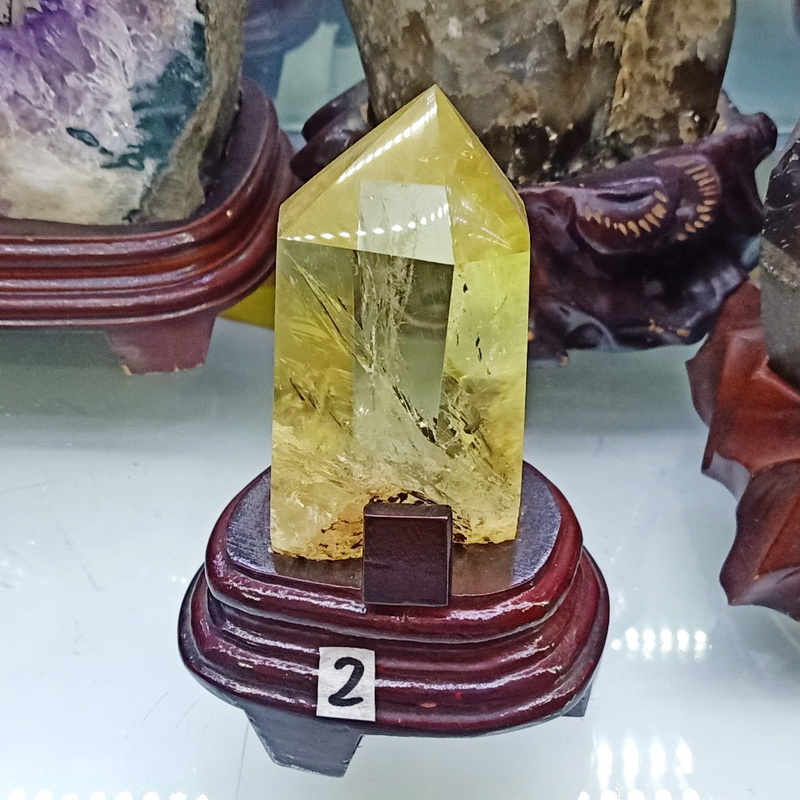 Trụ đá thạch anh vàng thiên nhiên TRUTAV2