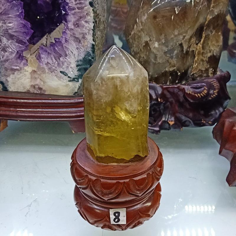 Trụ đá thạch anh vàng thiên nhiên TRUTAV8